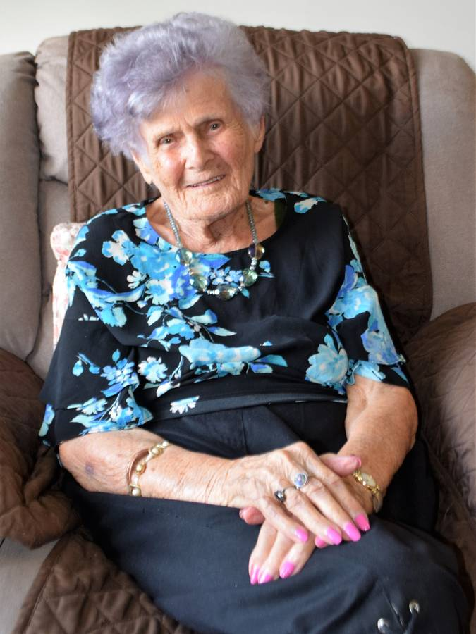 <p>KEVIN MCBAIN PHOTO</p><p>Elva Powers is turning 104 on Thursday, lives on her own, and may be the oldest resident in Bridgewater (unconfirmed). Her secret may be the fact that she only feels 70.</p>