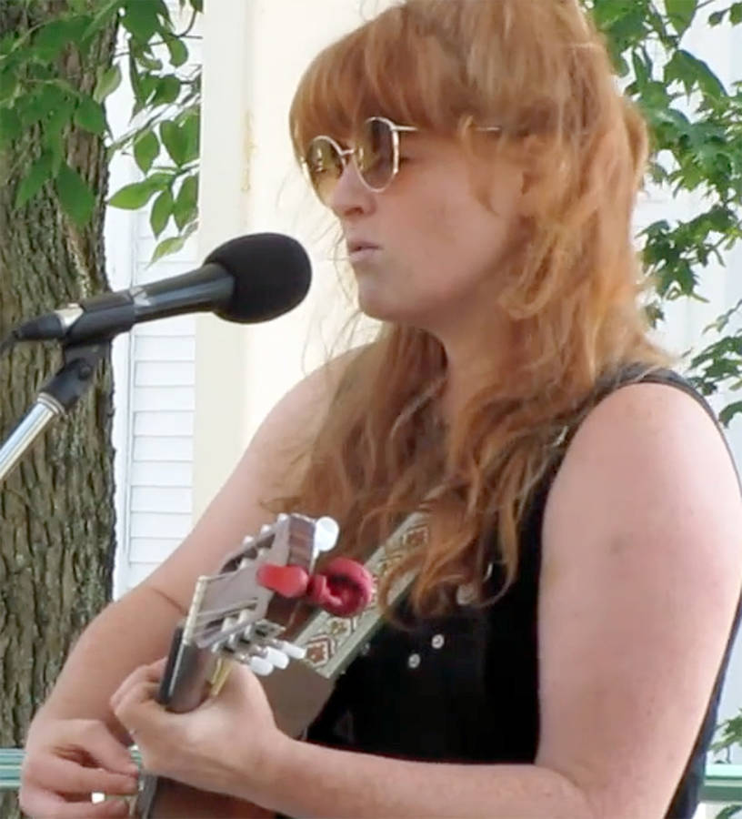 <p>KEITH CORCORAN, PHOTO</p><p>Mahone Bay&#8217;s Jennah Barry performs at the bandstand.</p>