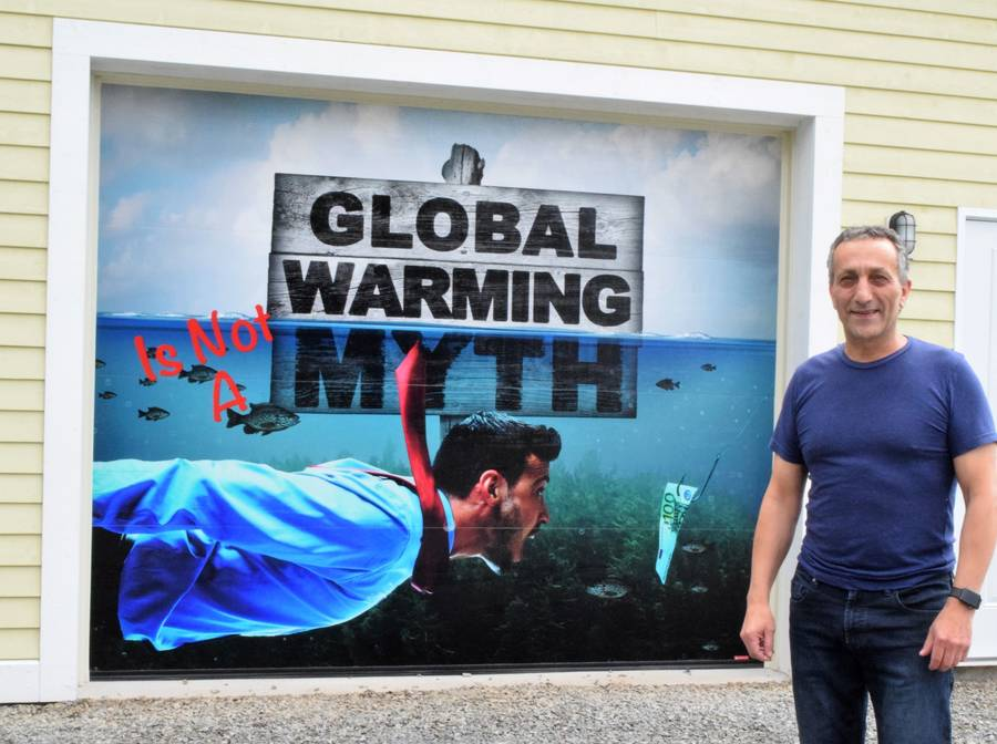 <p>KEVIN MCBAIN PHOTO</p><p>Mural creator Sam Ali said he designed the mural to send a message that global warming is real.</p>