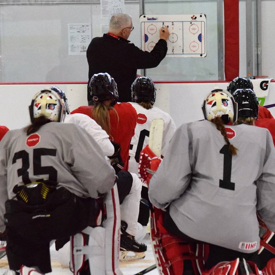 <p>KEVIN MCBAIN PHOTO</p><p>Head Coach Perry Pearn describes the next drill during the BFL National Women&#8217;s Fall Festival camp held in Liverpool at the Queens Place Emera Centre September 9-15.</p>
