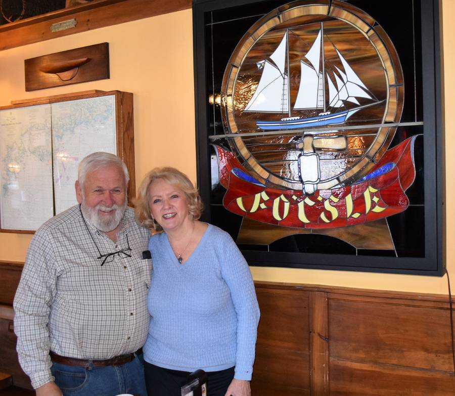 <p>KEVIN MCBAIN PHOTO</p><p>Bob and Audrey Youden, owners of the Fo&#8217;c&#8217;sle Pub in Chester, are selling the business after owning it for more than 10 years.</p>
