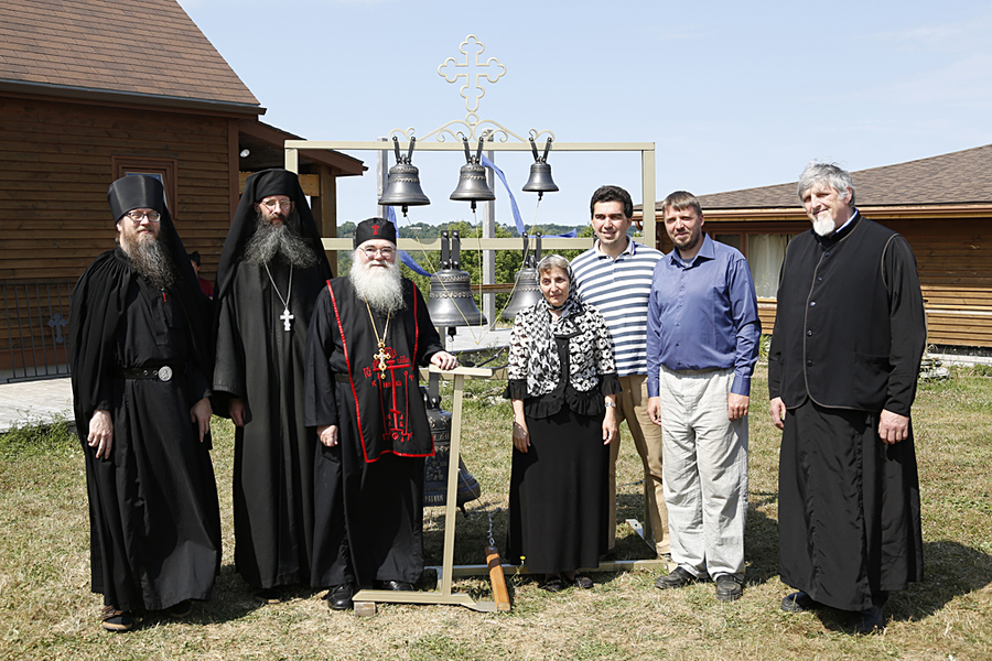 <p>Father Nathaniel, Father Cassian, Abbott Luke, Aida-Elizabeth Airapetov, Michael Vertuoz, Andrei Diachkov and Nicholas Svetlovsky, a deacon from Halifax, pose beside the new bells.</p>
