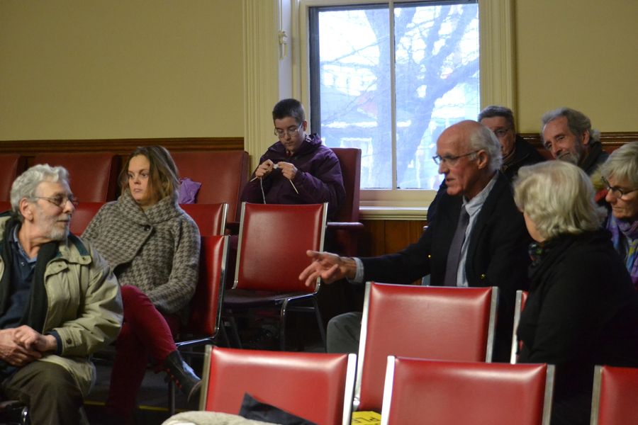 <p>EVAN BOWER PHOTO</p><p>Councillor Brian Davis waited for the public meeting to resume in the gallery while council met in private for about 45 minutes.</p>