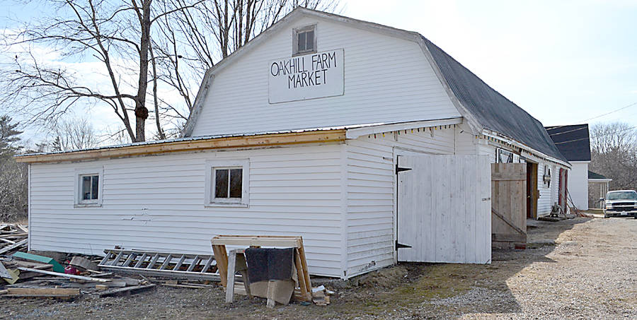 <p>GAYLE WILSON PHOTO</p><p>Strategically located on Highway 325, not far from Bridgewater, Oakhill Farm Market is attracting area residents and tourists alike.</p>