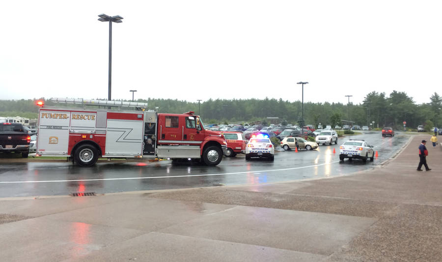 <p>BRITTANY WENTZELL PHOTO</p><p>First responders were still on the scene of the accident nearly two hours after it occurred.</p>