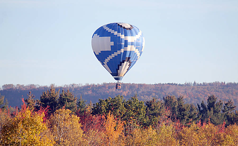<p>LEAH VISSER PHOTO</p><p>Annapolis Valley Ballooning takes enthusiasts soaring</p>